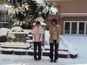雪かき、寮生が手伝ってくれました